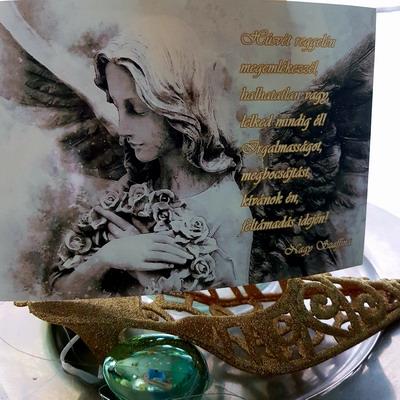 Húsvét reggelén. Nagy Szaffina képeslapjai és könyvei megvásárolhatóak a nagyszaffinaeletmuvei.hu weboldalon.
