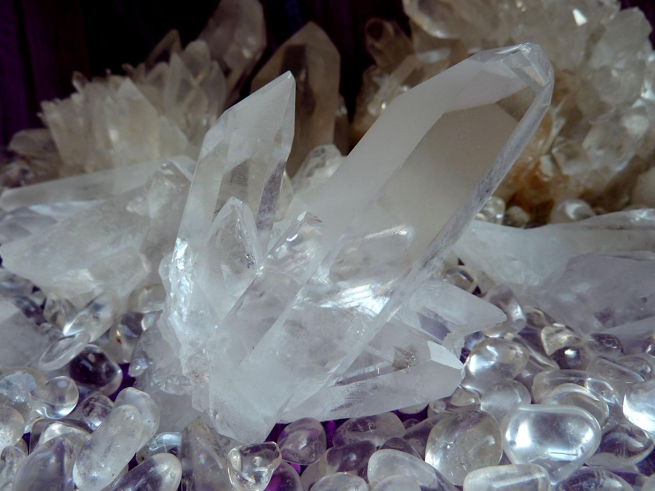 hegyikristaly-gyogyitoko-varazs-nagyszaffinaeletmuvei